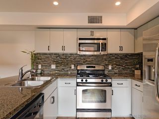 Photo 4: ENCINITAS Condo for sale : 2 bedrooms : 687 S Coast Highway 101 #208