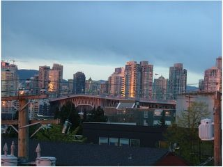 "Photo 7: 401 1635 W 3RD Avenue in Vancouver: False Creek Condo for sale in ""LUMEN"" (Vancouver West)  : MLS®# V850263"
