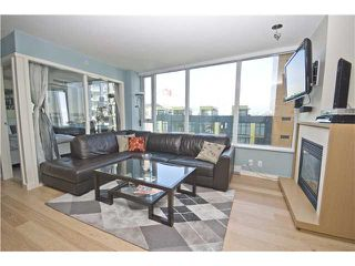 "Photo 4: 806 8 SMITHE MEWS in Vancouver: False Creek North Condo for sale in ""FLAGSHIP"" (Vancouver West)  : MLS®# V854832"