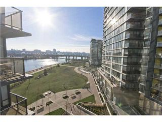 "Photo 10: 806 8 SMITHE MEWS in Vancouver: False Creek North Condo for sale in ""FLAGSHIP"" (Vancouver West)  : MLS®# V854832"