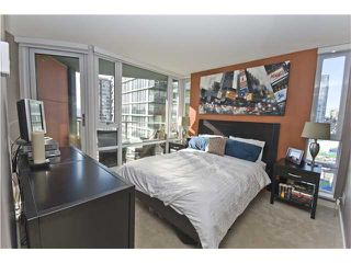 "Photo 6: 806 8 SMITHE MEWS in Vancouver: False Creek North Condo for sale in ""FLAGSHIP"" (Vancouver West)  : MLS®# V854832"