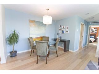 "Photo 5: 806 8 SMITHE MEWS in Vancouver: False Creek North Condo for sale in ""FLAGSHIP"" (Vancouver West)  : MLS®# V854832"