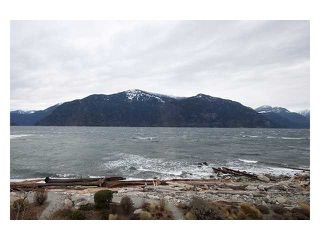"""Main Photo: 17 BEACH Drive in West Vancouver: Furry Creek Townhouse for sale in """"OLIVER'S LANDING"""" : MLS®# V858787"""