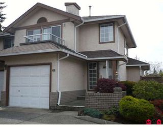 """Main Photo: 204 14861 98TH Avenue in Surrey: Guildford Townhouse for sale in """"THE MANSIONS"""" (North Surrey)  : MLS®# F2909626"""