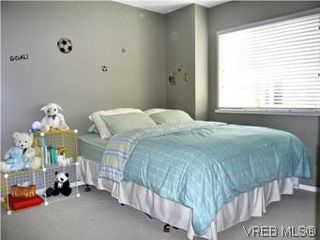 Photo 15: 668 Kingsview Ridge in VICTORIA: La Mill Hill House for sale (Langford)  : MLS®# 505250