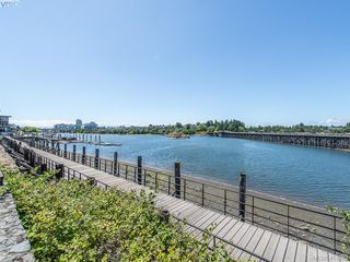 Photo 23: 304 330 Waterfront Cres in VICTORIA: Vi Rock Bay Condo for sale (Victoria)  : MLS®# 822083