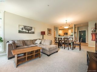 Photo 5: 304 330 Waterfront Cres in VICTORIA: Vi Rock Bay Condo for sale (Victoria)  : MLS®# 822083