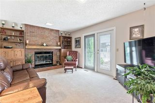 Photo 13: 16 WOODFIELD Court SW in Calgary: Woodbine Detached for sale : MLS®# C4266334