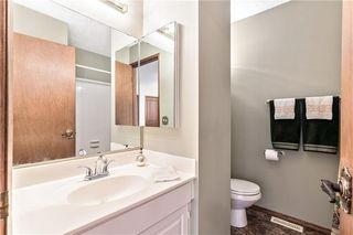 Photo 18: 16 WOODFIELD Court SW in Calgary: Woodbine Detached for sale : MLS®# C4266334