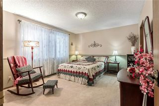 Photo 16: 16 WOODFIELD Court SW in Calgary: Woodbine Detached for sale : MLS®# C4266334