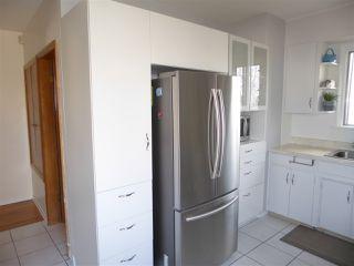 Photo 3: 11035 122 Street NW in Edmonton: Zone 07 House for sale : MLS®# E4176714