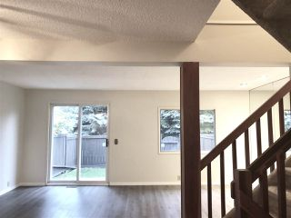 Photo 3: 67 FOREST Grove: St. Albert Townhouse for sale : MLS®# E4176790