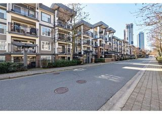 Photo 2: 407 4868 Brentwood Dr in Burnaby: Brentwood Park Condo for sale (Burnaby North)  : MLS®# R2446450