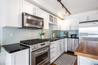 "Photo 12: 405 122 E 3RD Street in North Vancouver: Lower Lonsdale Condo for sale in ""Sausalito"" : MLS®# R2456600"