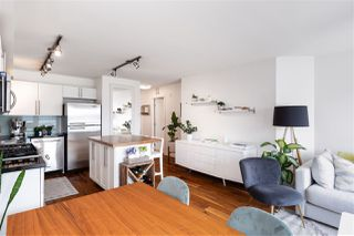 "Photo 11: 405 122 E 3RD Street in North Vancouver: Lower Lonsdale Condo for sale in ""Sausalito"" : MLS®# R2456600"