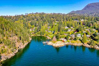 "Photo 12: 4777 PILOT HOUSE Road in West Vancouver: Olde Caulfeild House for sale in ""Tiddly Cove"" : MLS®# R2497367"