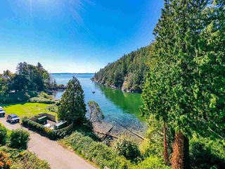 "Photo 1: 4777 PILOT HOUSE Road in West Vancouver: Olde Caulfeild House for sale in ""Tiddly Cove"" : MLS®# R2497367"