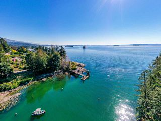 "Photo 14: 4777 PILOT HOUSE Road in West Vancouver: Olde Caulfeild House for sale in ""Tiddly Cove"" : MLS®# R2497367"