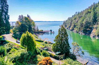 "Photo 16: 4777 PILOT HOUSE Road in West Vancouver: Olde Caulfeild House for sale in ""Tiddly Cove"" : MLS®# R2497367"
