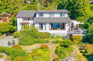 "Photo 4: 4777 PILOT HOUSE Road in West Vancouver: Olde Caulfeild House for sale in ""Tiddly Cove"" : MLS®# R2497367"