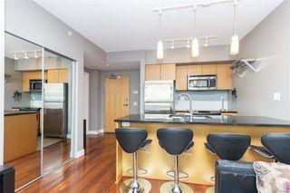Photo 7: 505 834 Johnson St in : Vi Downtown Condo for sale (Victoria)  : MLS®# 857303