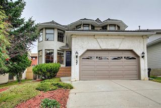 Main Photo: 37 Hawkdale Place NW in Calgary: Hawkwood Detached for sale : MLS®# A1041818