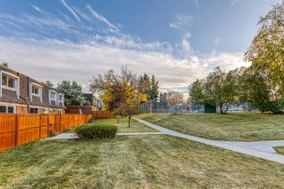 Photo 18: 171 330 Canterbury Drive SW in Calgary: Canyon Meadows Row/Townhouse for sale : MLS®# A1041658