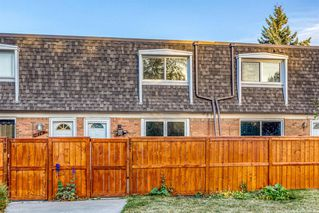 Photo 2: 171 330 Canterbury Drive SW in Calgary: Canyon Meadows Row/Townhouse for sale : MLS®# A1041658