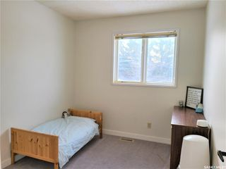 Photo 20: 210 Ash Street in Outlook: Residential for sale : MLS®# SK838873