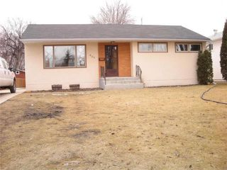 Photo 1: 605 Mark Pearce Avenue in WINNIPEG: North Kildonan Residential for sale (North East Winnipeg)  : MLS®# 1004305