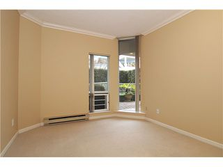 "Photo 9: 103 168 CHADWICK Court in North Vancouver: Lower Lonsdale Condo for sale in ""Chadwick Court"" : MLS®# V865194"