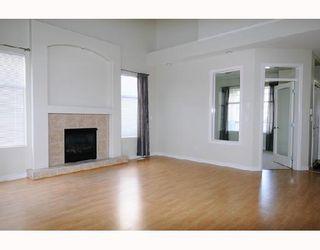 "Photo 3: 24146 HILL Avenue in Maple_Ridge: Albion House for sale in ""CREEK'S CROSSING"" (Maple Ridge)  : MLS®# V727201"