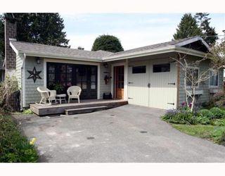 "Photo 1: 1621 ENDERBY Avenue in Tsawwassen: Beach Grove House for sale in ""BEACH GROVE"" : MLS®# V762630"