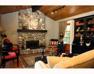 "Photo 2: 1621 ENDERBY Avenue in Tsawwassen: Beach Grove House for sale in ""BEACH GROVE"" : MLS®# V762630"