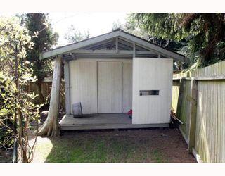 "Photo 10: 1621 ENDERBY Avenue in Tsawwassen: Beach Grove House for sale in ""BEACH GROVE"" : MLS®# V762630"