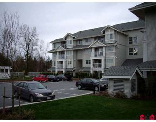 """Photo 3: 407 19320 65TH Avenue in Surrey: Clayton Condo for sale in """"ESPRIT AT SOUTHLANDS"""" (Cloverdale)  : MLS®# F2908846"""