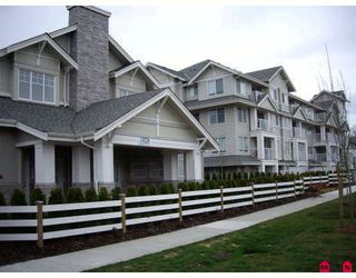 """Photo 2: 407 19320 65TH Avenue in Surrey: Clayton Condo for sale in """"ESPRIT AT SOUTHLANDS"""" (Cloverdale)  : MLS®# F2908846"""