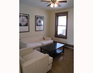 Photo 2: 542 LARSEN Avenue in WINNIPEG: East Kildonan Residential for sale (North East Winnipeg)  : MLS®# 2902577