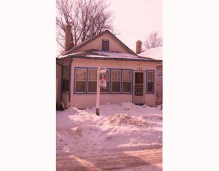 Photo 1: 542 LARSEN Avenue in WINNIPEG: East Kildonan Residential for sale (North East Winnipeg)  : MLS®# 2902577