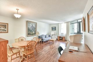 Photo 5: 404 1480 FOSTER Street: White Rock Condo for sale (South Surrey White Rock)  : MLS®# R2398783