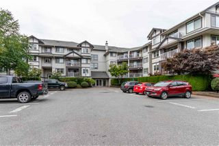 "Main Photo: 409 19320 65 Avenue in Surrey: Clayton Condo for sale in ""Esprit"" (Cloverdale)  : MLS®# R2399760"