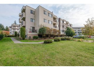 "Main Photo: 304 32733 E BROADWAY Street in Abbotsford: Abbotsford West Condo for sale in ""THE VILLA"" : MLS®# R2406596"