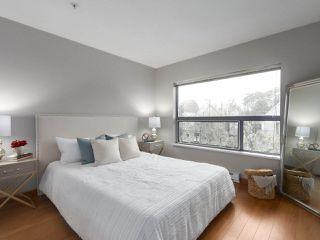 """Photo 14: 402 3161 W 4TH Avenue in Vancouver: Kitsilano Condo for sale in """"Bridgewater"""" (Vancouver West)  : MLS®# R2415092"""