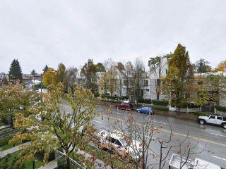 """Photo 19: 402 3161 W 4TH Avenue in Vancouver: Kitsilano Condo for sale in """"Bridgewater"""" (Vancouver West)  : MLS®# R2415092"""
