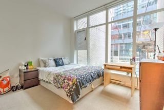"""Photo 11: 201 1252 HORNBY Street in Vancouver: Downtown VW Condo for sale in """"PURE"""" (Vancouver West)  : MLS®# R2419767"""