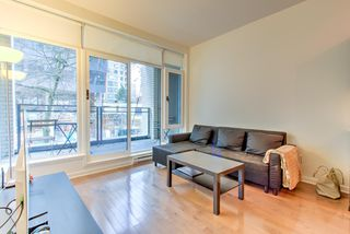 """Photo 9: 201 1252 HORNBY Street in Vancouver: Downtown VW Condo for sale in """"PURE"""" (Vancouver West)  : MLS®# R2419767"""