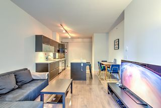 """Photo 6: 201 1252 HORNBY Street in Vancouver: Downtown VW Condo for sale in """"PURE"""" (Vancouver West)  : MLS®# R2419767"""
