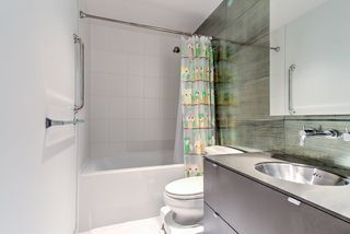 """Photo 13: 201 1252 HORNBY Street in Vancouver: Downtown VW Condo for sale in """"PURE"""" (Vancouver West)  : MLS®# R2419767"""