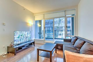 """Photo 8: 201 1252 HORNBY Street in Vancouver: Downtown VW Condo for sale in """"PURE"""" (Vancouver West)  : MLS®# R2419767"""