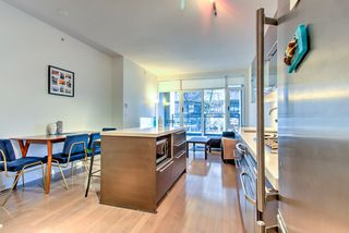 """Photo 5: 201 1252 HORNBY Street in Vancouver: Downtown VW Condo for sale in """"PURE"""" (Vancouver West)  : MLS®# R2419767"""